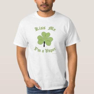Kiss Me I'm a Vaper: St. Patrick's Day Vaper Tshir T-Shirt