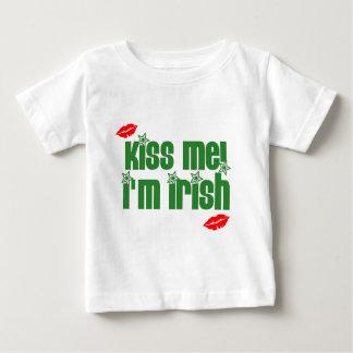 kiss-me-im-irish-lips tshirt