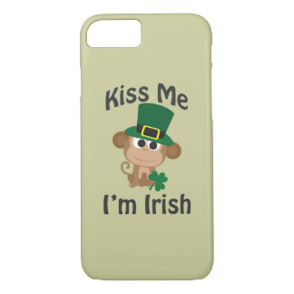 Kiss Me, I'm Irish! Monkey iPhone 8/7 Case