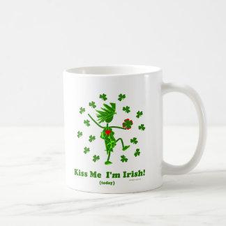 Kiss Me I'm Irish (Today) Gifts & T Shirts Coffee Mug