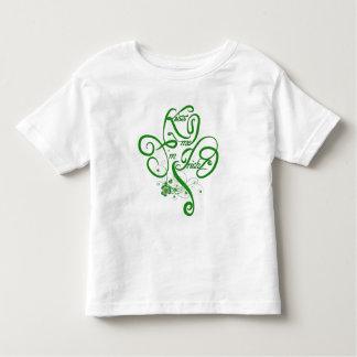 Kiss me I'm Irish Vine Clover II T Shirt
