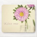 Kiss me mouse pad