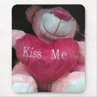 """""""KISS ME"""" MOUSEPAD"""