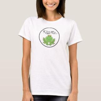 """Kiss Me"" says the Frog T-Shirt"