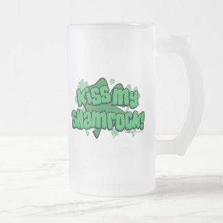 Kiss My Shamrock 16 Oz Frosted Glass Beer Mug
