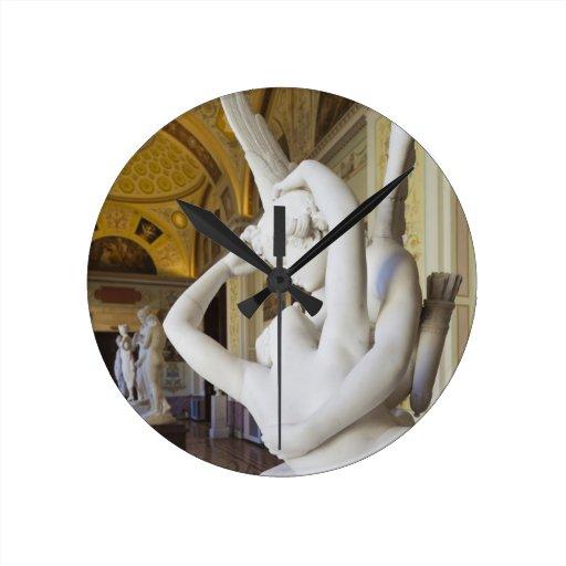 Kiss of Cupid and Psyche, by Antonio Canova 2 Round Wall Clock