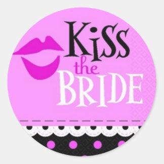 Kiss the bride classic round sticker