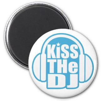 Kiss the DJ Magnet