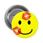 'kissey ' SMILEY FACE PIN