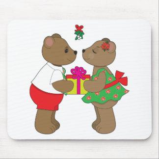 Kissing Bears Mistletoe Mouse Pad
