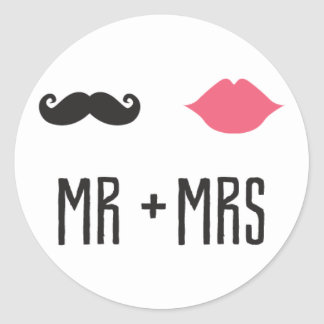 Kissing Booth - Mr. + Mrs. - Circle Classic Round Sticker