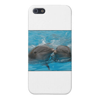Kissing Dolphins Cover For iPhone SE/5/5s
