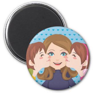 Kissing Mom Magnet