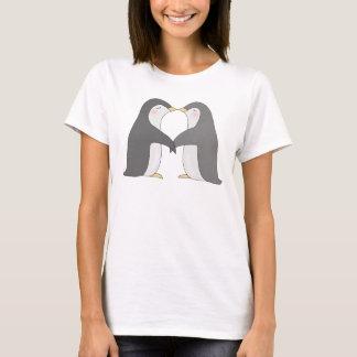 Kissing Penguins Cute Penguin Graphic T-shirt