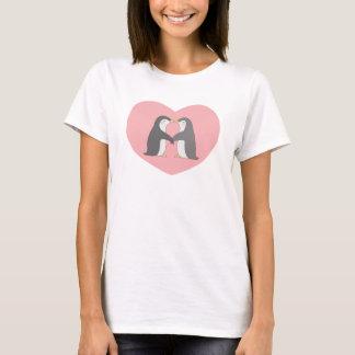 Kissing Penguins Heart Love Cute T-shirt For Her
