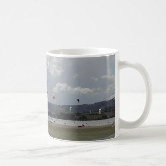 Kite Surfers. Scenic view. Mugs