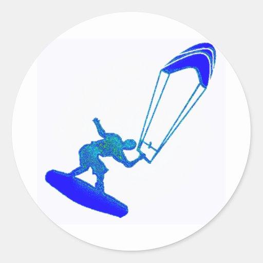 Kiteboard en azul pegatina redonda