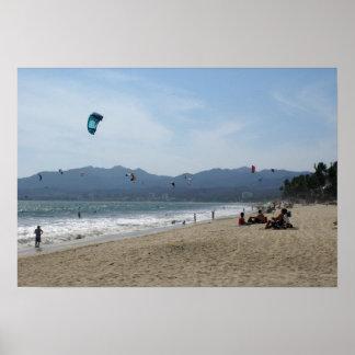 Kiteboarders en Bucerias México Poster