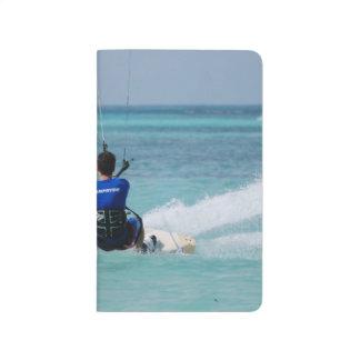 Kitesurfing tropical