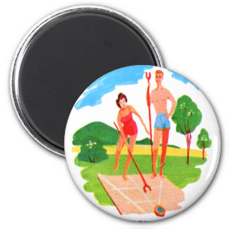 Kitsch 60s Vintage Resort Shuffleboard Couple Magnet