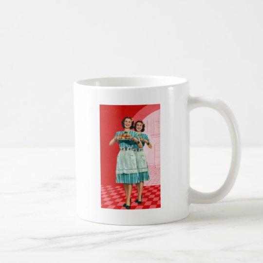 Kitsch retro del vintage que cocina al ama de casa taza de café