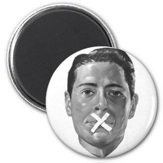"""Kitsch Vintage Propoganda 'Loose Lips"""" Magnet"""