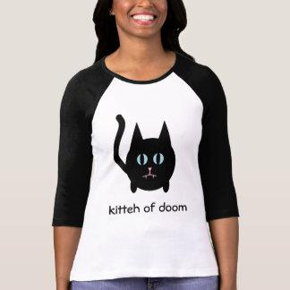Kitteh de la camiseta gótica del gato del negro de poleras