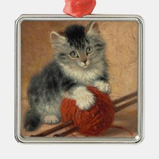 Kitten and muffler metal ornament