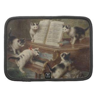Kitten and piano folio planner