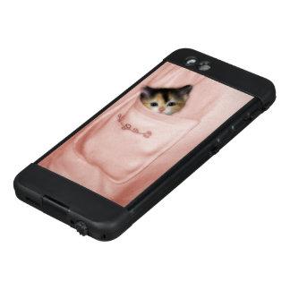 Kitten in the Pocket 2 LifeProof NÜÜD iPhone 6 Case