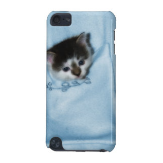 Kitten in the Pocket iPod Touch 5G Case