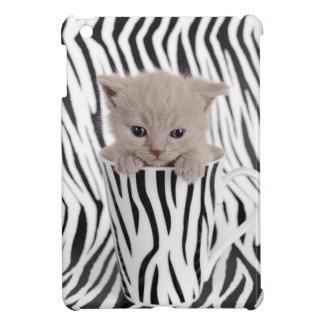 Kitten in zebra mug iPad mini case