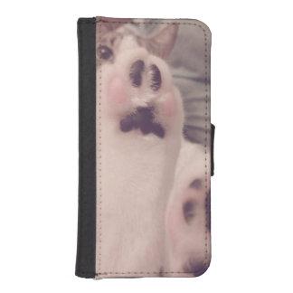 Kitten Paws Photograph iPhone 5 Wallet Case