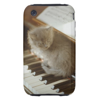 Kitten sitting on piano keyboard, close-up iPhone 3 tough cover
