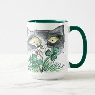 Kitten's Four Leaf Clover wit Bee Buzzin' Mug