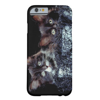 Kittens in container barely there iPhone 6 case