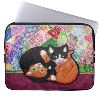 Kittens Playing On Heirloom Quilt Computer Sleeve