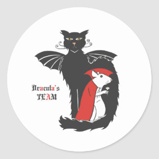Kitty and mouse vampires classic round sticker