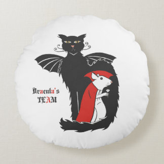 Kitty and mouse vampires round pillow