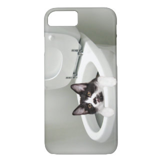 Kitty cat in toilet iPhone 8/7 case