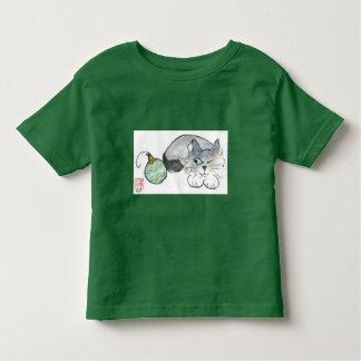 Kitty Eyes a Green & Gold Ornament Toddler T-shirt
