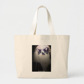 Kitty goes to the beach large tote bag