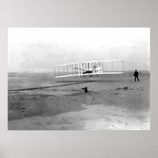 Kitty Hawk, hermanos del NC Wright primero en vuel Póster