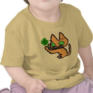 Kitty Holds a Four Leaf Clover T Shirt