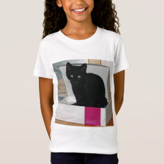 Kitty in Box (color) T-Shirt
