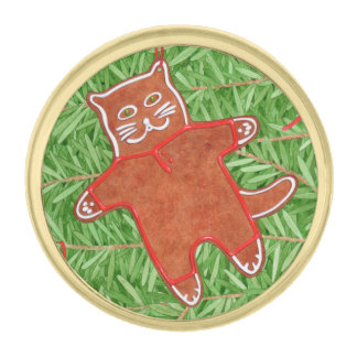 Kitty's Christmas Tree Round Gold Lapel Pin