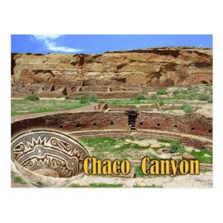Kiva en Chetro Ketl, barranco de Chaco, New México Postal