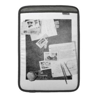 KIW Sparks: Mr Bedford & Mini-Clues Rickshaw MacBook Air Sleeves