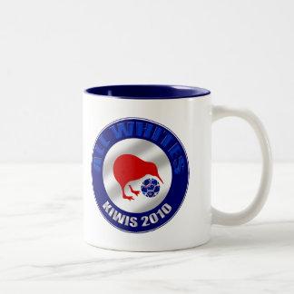 Kiwis 2010 todos los regalos del fútbol de Nueva Z Taza De Café