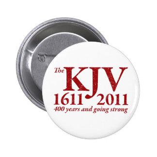KJV todavía que va fuerte en el rojo apenado Pin Redondo 5 Cm